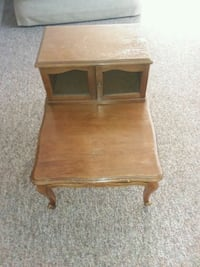 NEEDTOSELL! End table with Hideaway Galion, 44833