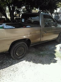 Nissan - Pick-Up / Frontier - 1986 Ceres, 95307