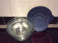 Set of 3 nesting glass bowls with lids