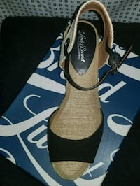 Lucky Brand wedges  Centreville, 20120