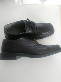 pair of black leather lace-up dress shoes Barstow, 92311