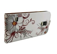 white and black floral leather smartphone case Toronto, M1C 3V1