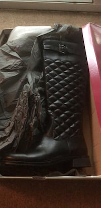 A2 Unique Comfort Black Riding Boots, Size 5, never worn Silver Spring, 20910