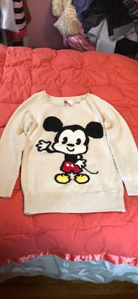 Mickey mouse printed white scoop-neck sweater Newburgh town, 12550