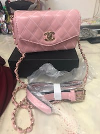 Pink Leather Chanel Soft leather Fannie Pack / converts to Crossbody Purse Los Angeles, 90012