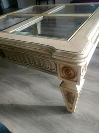 Coffee table and 2 matching side tables London, N6J 4G3