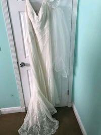 Bridal dress size 4 751 mi