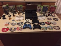 X Box 360 250gb w/ Kinect/ 4 wireless controllers and games Algonquin, 60102