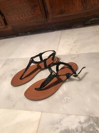 Pair of black Ralph Lauren sandals  Hawthorne, 90250
