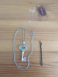 Diamond silver key necklace West Lincoln, L0R