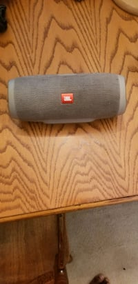 JBL Charge 3 Bluetooth Speaker 20 hour battery