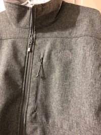authentic The North Face jacket. new never worn but without tag New Westminster, V3M