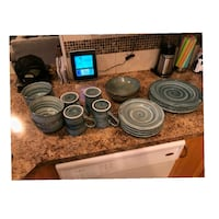 Moving////21 piece Dish set(Zoom out to see all)  Red Deer, T4R