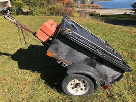 Small Box Trailer w/ Lid & Toolbox (3.5ft x 4ft)