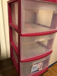 Red and white plastic 3-drawer chest