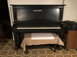 FREE - Antique Piano