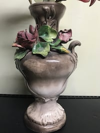 Vintage vase reduced price  Montréal, H1G 5Z4
