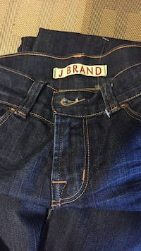 J Brand jeans only been worn once they're in excellent condition size 25 W. Egg Harbor Township, 08234