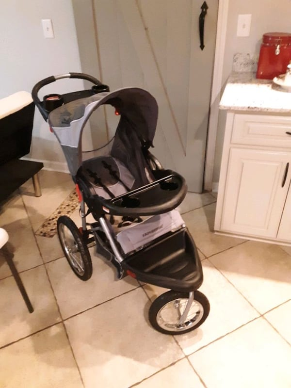 Stroller  (Jogger Expedition Edition) 5b4dba2f-d823-4315-a00f-50c29a7fb3f4