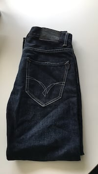 Crocker jeans strl 28x32 Staffanstorp, 245 93
