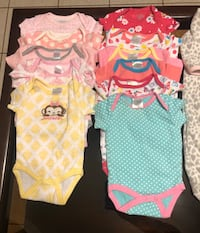 Baby clothes (bundle)3-6 mos