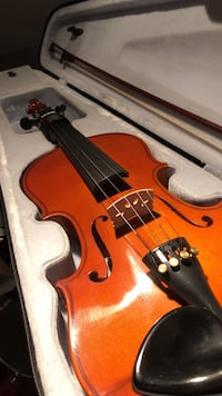 violin with bow and case 1/10th Cambridge, N1S 2E4