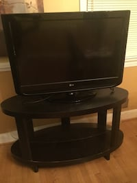 "32"" LG flat screen tv, FREE DVD Player and TV Stand included!!! Washington, 20017"