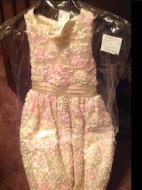 Childrens yellow and pink floral sleeveless dress Huntington, 25704