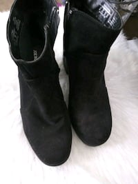 pair of black suede boots Dundalk, 21222