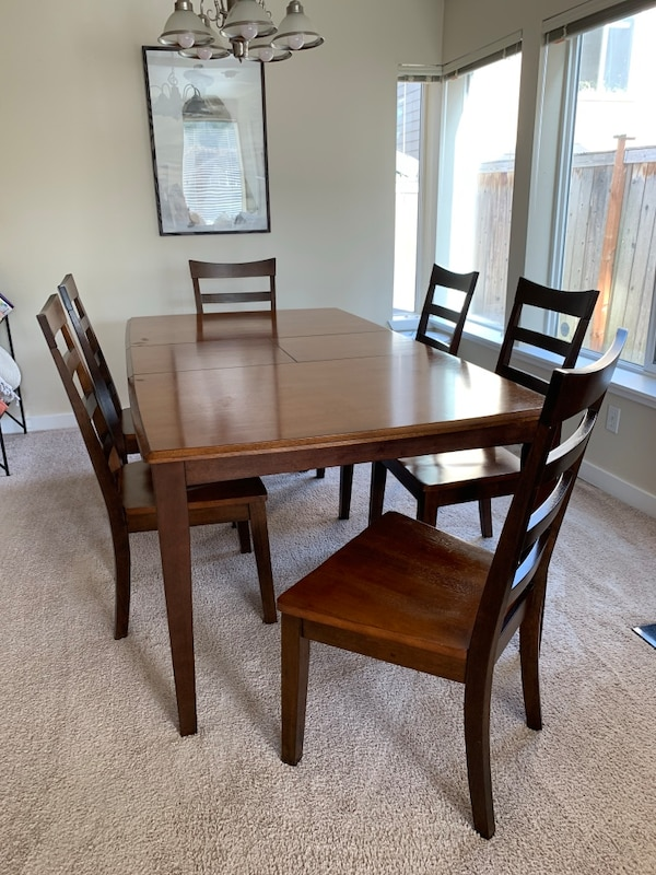 Solid Wood Butterfly Leaf Expandable Dining Table Set