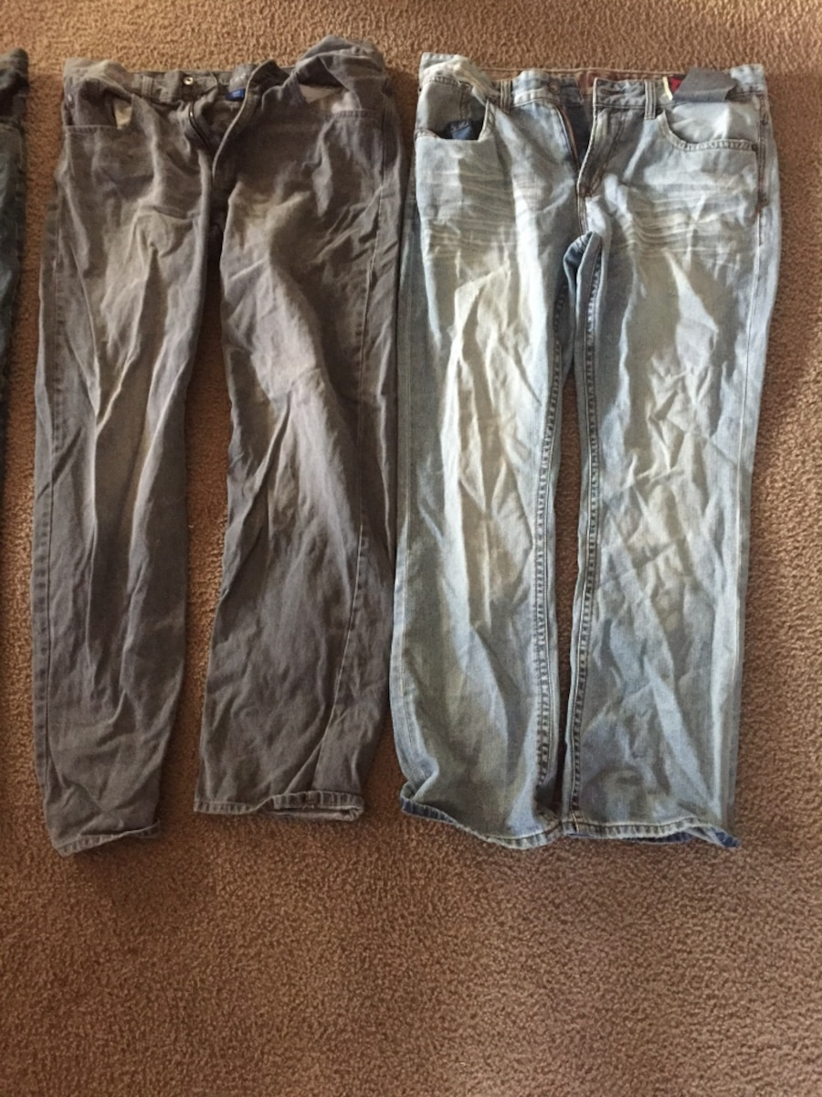 4 pairs of jeans - Hoxeyville