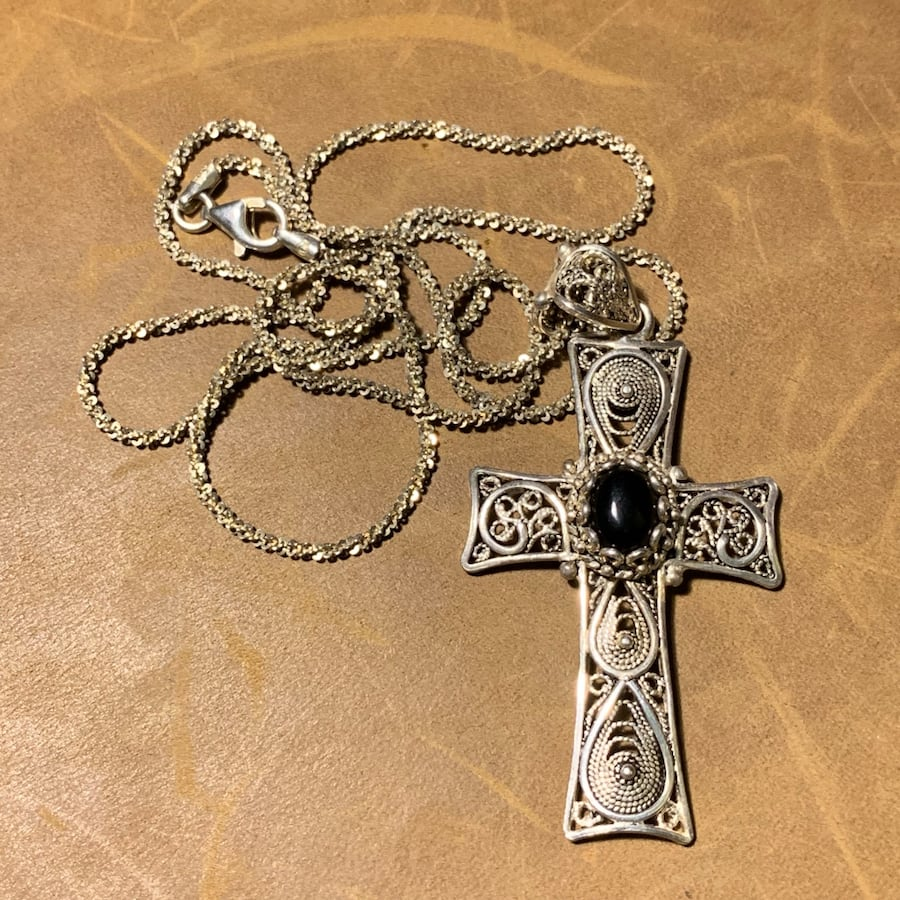 Antique Sterling Silver Black Onyx Cross with Sterling Chain 5
