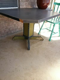 Project Table w/nice character