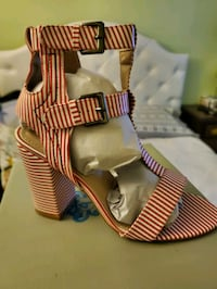 7 1/2 Red stripes sandals