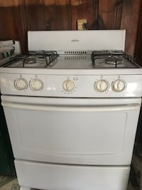 Gas stove and oven  1126 mi
