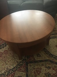 round brown wooden coffee table Germantown, 20874