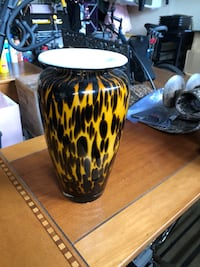 Black and yellow vase Sayreville, 08872