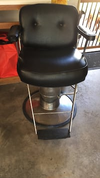 Barber chair Ramsey, 55303