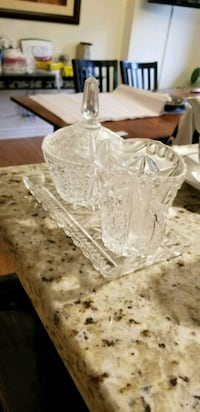 clear cut glass pitcher with lid Toronto, M1W 1H8