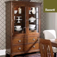 Bassett Furniture Dining Cabinet Storage Hutch, Like NEW condition Richmond Hill, L4H