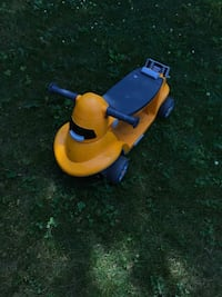 yellow and blue ride on toy Blainville, J7C 5X4