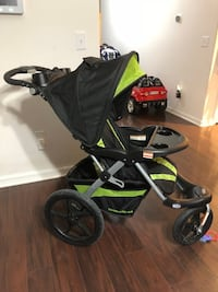 Baby's black and green jogging stroller Riverview, 33569
