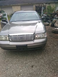Ford - Crown Victoria - 2001 Haw River, 27258