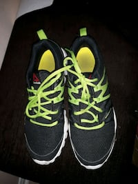 pair of black-and-green Nike running shoes Mississauga, L5M 6L4