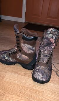 Red head thinsulate boots ( men's )