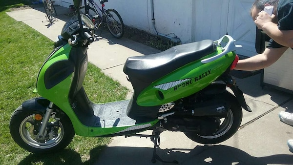 2014 Bronc Rally Moped