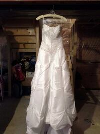 Wedding Dress Courtice, L1E 2X5