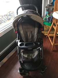 Graco folding stroller great condition  Levittown, 11756