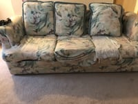Floral Couch  COLUMBIA