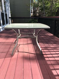 4 chairs glass table patio set Norcross, 30092